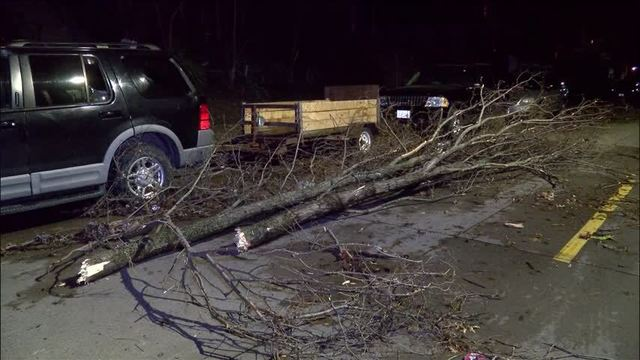 Strong storms hit Muscatine causing significant damage