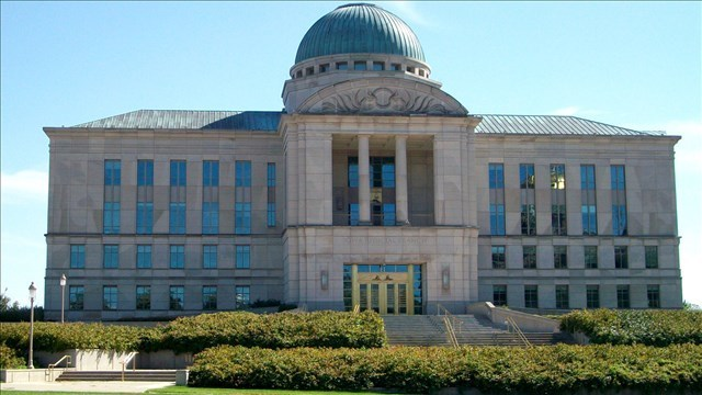 Iowa Supreme Court: Muscatine undocumented immigrant can't be prosecuted for ID theft