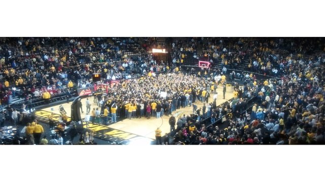 Iowa Hawkeyes basketball schedules and history