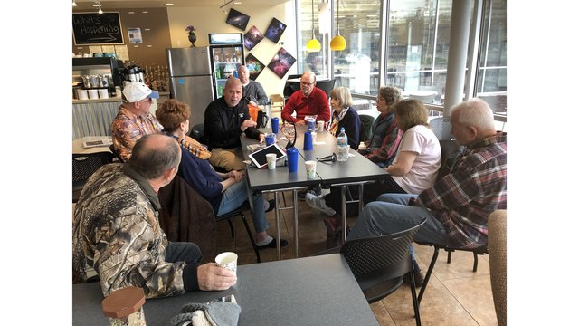 Moline residents have 'Coffee with a Cop'