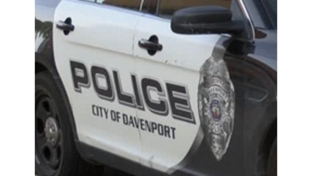 Man with gun shot by police in Davenport