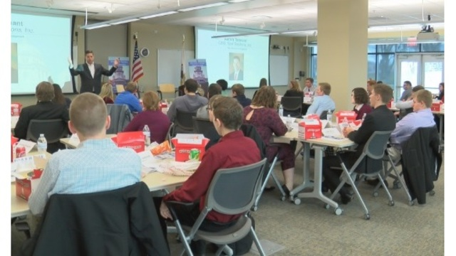 Anderson gives students insight on political process